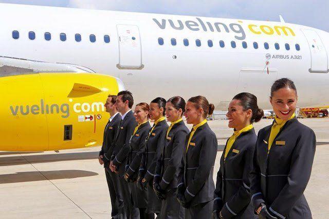 Vueling hará las pruebas de selección de auxiliares de vuelo en La Laguna