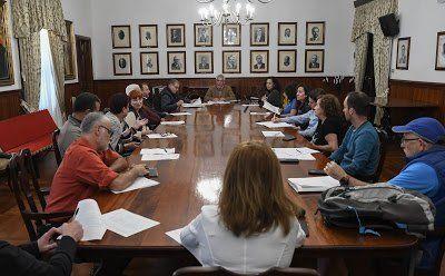 El Ayuntamiento tendrá en cuenta las demandas de los comerciantes en el nuevo proyecto del Mercado Municipal