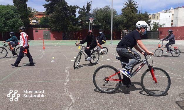 Movilidad Sostenible ofrecerá talleres en todos los distritos de La Laguna para aprender a montar en bici con el proyecto 'Acércate y pedalea'
